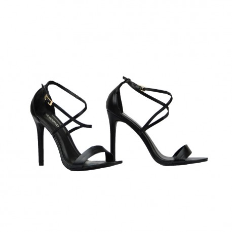 Sandale sa visokom potpeticom