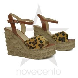 Wedge sandale